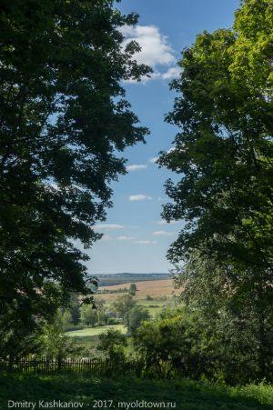 Виды из нижнего парка в усадьбе Пушкина. Большое Болдино