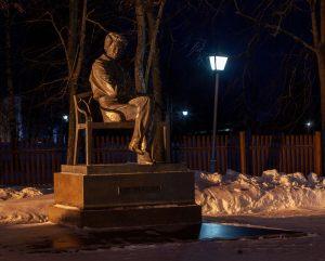 Болдино. Ночные зимние фото. Памятник А.С.Пушкину